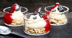 Lakritscheesecake med hallonsås