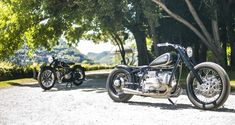 Vintage Meets Custom: The BMW Hommage, a century tribute to one of the most iconic motorcycles of all time. Bmw Motorcycles, Custom Motorcycles, Custom Bikes, Custom Bmw, Bobber Style, Bmw Scrambler, Classic Car Insurance, Custom Cycles, Cafe Racer Build