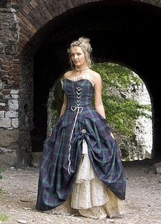 I'd tottaly wear this. As long as whoever i was marrying went along and wore a kilt XD