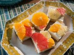 Get Florida Citrus Bars Recipe from Food Network Trish Yearwood Recipes, Trisha Yearwood, Just Desserts, Delicious Desserts, Healthy Desserts, Food Network Recipes, Food Processor Recipes, Cafe Cubano, Cheese Bar
