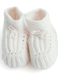 The Under-18 Gift Guide   Fog Linen Knitted Baby Shoes