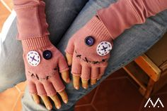 smiling gloves