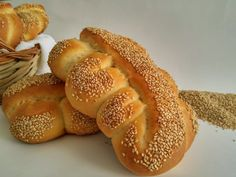 La mafalda - pane tipico siciliano