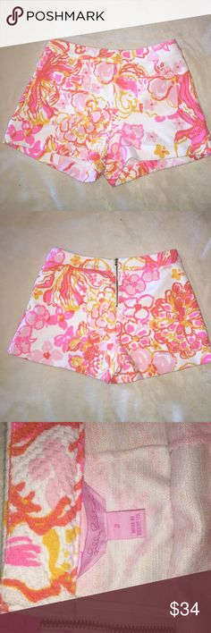 NWOT Lilly Pulitzer Alycia pocket short Resort white happiness. Never worn and in perfect condition. Lilly Pulitzer Shorts