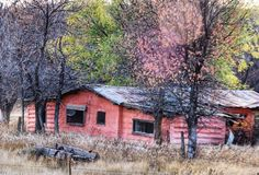 Never cease to be amazed at the beauty to be found around the corner in what you thought was a mundane scene.  #beautiful #badlands #NorthDakota #ndlegendary #beautifulbadlandsnd #cabin #pink #fifties #abandoned #deserted #abandonedplaces #ghost #ghostadventures #LittleMissouriRiver #sidehackmary #marysphotos  http://ift.tt/2n6XlZF  http://bit.ly/2qjK4Ly
