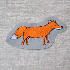 Fuchs (Füllstich). Die kleinen Füchse gibt es als Stickdateien für die Stickmaschine bei www.mikronaut.de