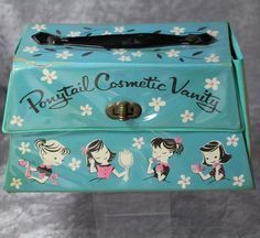 1960s Ponytail Doll Cosmetic Vanity Case! Vintage Soul, Retro Vintage, Vintage Ponytail, Girls Mirror, Childhood Days, Vintage Games, Toy Boxes, Toys For Girls, Vintage Children