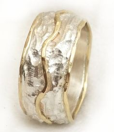 Woman's wedding ring textured sterling silver and door ilanamir