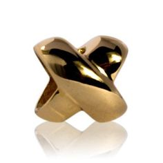 Love & Kisses (9 CT GOLD) evolve nz charm -  is a symbol of endearment, a sign of friendship, love and affection.  Kisses can mean so many things; a warm greeting or a fond farewell, a gesture of passion, love, reassurance, support or even all these things at once. Whether signed by our name in a letter, bestowed on a special friend or secretly shared with the one we love, a kiss is an intimate expression of how much we care.