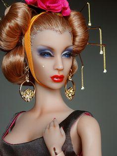 Concubine Sybarite by lianelaughlin, via Flickr