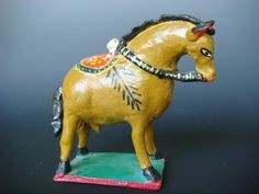 "Old vintage Mexican ceramic yellow horse attr. to CANDELARIO MEDRANO 8"" long"