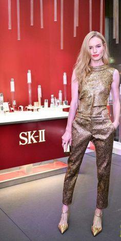Kate Bosworth (wearing Oscar de La Renta) at Oscar de la Renta fashion show  -  Audi Fashion Festival in Singapore.