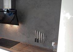 DIY KABE wall in the shade of Lava #lava #kabe #kabecopenhagen #kabeplaster #kabevæg #kabewall #gørdetselv #diy #diydome #diyproject #doityourself #diywall #wallart #wallpainting #walldecor #væginspiration #vægbeklædning #nordic #madeindenmark #danishdesign #kitchen #køkken #boligindretning #boligtrends #homedecor #kitcheninspo #køkkeninspiration #nordickitchen
