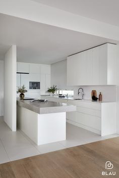 Cuisines Design, Design Moderne, Minimalist Interior, House Floor Plans, Home Renovation, Kitchen Remodel, Kitchen Design, New Homes, House Design