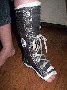 Arm And Leg Cast Artwork - Gallery Converse Tennis Shoes, Converse All Star, Game Boy, Ankle Cast, Arm Cast, Broken Foot, Cast Art, Shoe Sketches, Bride Of Frankenstein