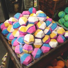 the experimenter lush bath bomb
