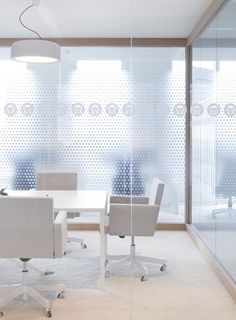 Heyligers d+p completed the interior design for the whole 27.000m2 head office for NUON (power company) in Amsterdam, The Netherlands. Meetingroom/manifestations. www.h-dp.nl