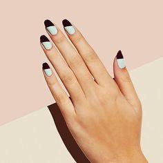 Marsala con un toque de tonos claros ¡Nos encanta! #Uñas #Nails