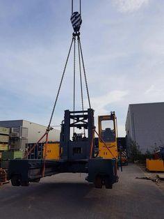 Verladung im holländischen Werk auf dem Weg zu unserem Kunden. Ein Votex Bison Sonderbau mit einer Tragkraft von 15 Tonnen in Zusammenarbeit mit unseren Partnern Viktor Baumann und Cargotrans-Bremen.