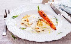 Smörstekt torskrygg med skummig jordärtskockssås - Recept - Arla