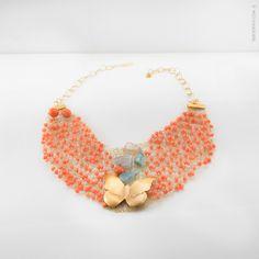 Ise Soldevila - Joyería Contemporánea | CM_17 #Hilo de latón adornado con coral , cristales y ágatas de colores. Mariposa de latón bañada en oro, cincelada y repujada. Cadena en plata bañada.