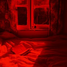my red grunge aesthetic // most pics are not mine.