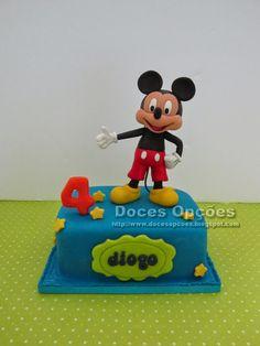 Doces Opções: Bolo com o Mickey para o 4º aniversário do Diogo