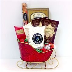 Fifth Avenue Gourmet The Holiday Sleigh Candy Gift Basket, Multicolor