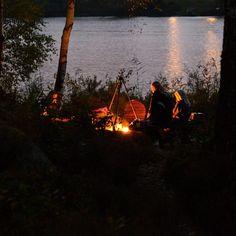 Outdoor aktiviteter hjælper rigtigt godt på tømmermænd  som er relevant i denne tid #outdoor #outdoorlife #naturen #outside #bonfire #eventyr #eventyretstarteridinbaghave #bålmad l