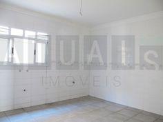 Cozinha |  | Casa em Condomínio | São Bras | 4 suítes 420m2 | Quer conhecer? (41) 4106-7799 | contato@atuais.com.br | Whatsapp (41) 9595-0002