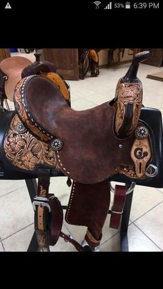 barrel saddle by jeff smith saddlery Barrel Racing Saddles, Barrel Saddle, Barrel Racing Horses, Barrel Horse, Horse Saddles, Horse Halters, Barrel Racing Outfits, Western Horse Tack, Cowgirl And Horse
