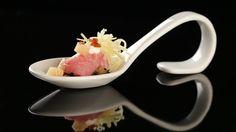 Kalbsinvoltini auf Mangold mit knusprigem Speck, Gruyère und Apfel - The Taste - Sat.1