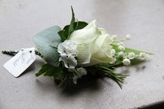 Flower Design Events: Groom's all white Boutonniere