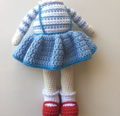 As Elisideryası, we are here with a new amigurumi model we prepared for you. Amigurumi is one of your kids& favorite toys Baby Knitting Patterns Free, Free Knitting, Knitting Socks, Free Pattern, Crochet Patterns, Crochet Dolls, Crochet Baby, Free Crochet, Knitted Bunnies