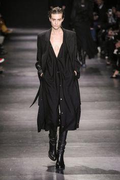 Steampunk Fashion, Gothic Fashion, Urban Fashion, Emo Fashion, Gothic Lolita, Victorian Gothic, Gothic Girls, Fashion Books, Fashion Outfits