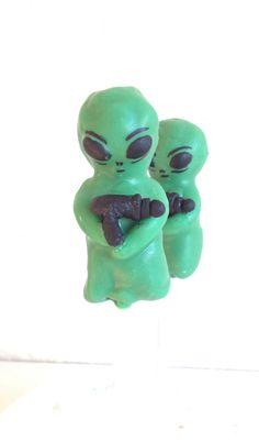 Alien Cake Pops