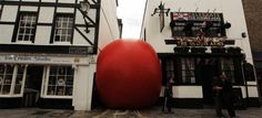 Video Timelapse of Kurt Perschkes Giant Inflatable RedBall UK Project timelapse installation