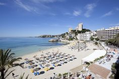 With a stay at Be Live Adults Only Marivent in Palma de Mallorca (Calamayor), you'll be minutes from Cala Mayor Beach and Marivent Palace. This 4-star hotel is within close proximity of Mallorca Casino and Porto Pi Centro Comercial.