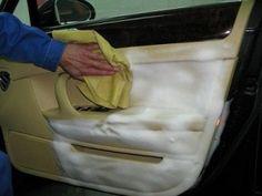 Чистка дверей авто
