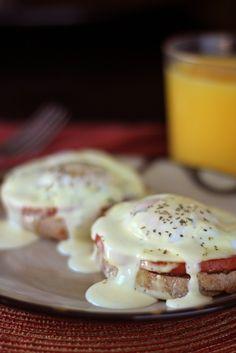 Foolproof Eggs Benedict on MyRecipeMagic.com #eggs #benedict #breakfast