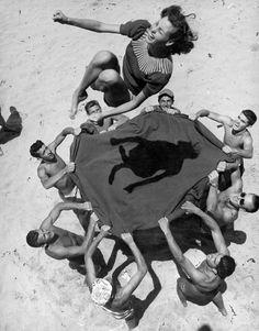 ralfbayer:  Photo by John Florea, 1948