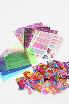 If you didn't have Lisa Frank growing up..you were living in the wrong era!! #gettting! Lisa Frank Limited Edition Vintage Sticker Pack