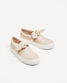 Bow Slippers. SS Trends 2017