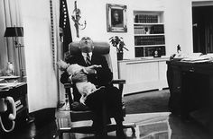 Lyndon B. Johnson with Yuki (Mixed Breed) | Counting Down The 18 Cutest Presidential Dogs Of All Time