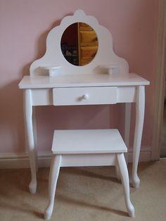 White Wooden Dressing Table and Stool for Little Girl