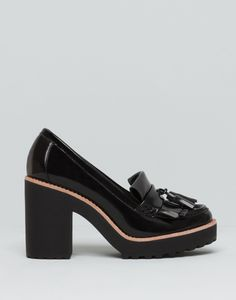 Discover recipes, home ideas, style inspiration and other ideas to try. Pretty Shoes, Beautiful Shoes, Cute Shoes, Me Too Shoes, Block Heel Loafers, Heeled Loafers, Mid Heel Shoes, High Heels, 1940s Shoes