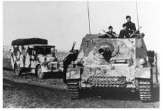 A Sturmpanzer 4 'Brummbar' on the move