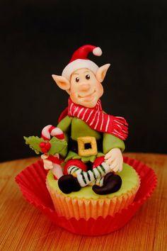Christmas Elf cupcake Cake by laskova