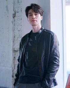 이동욱 / Lee Dong Wook Park Hae Jin, Park Seo Joon, Korean Star, Korean Men, Asian Actors, Korean Actors, Lee Dong Wook Goblin, Lee Dong Wook Wallpaper, Lee Dong Wok