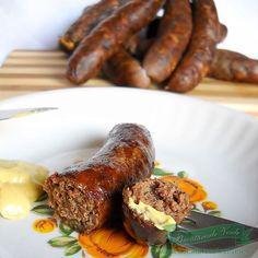 Reteta Carnati pentru gratar, reteta ardeleneasca de carnati bine condimentati.Reteta preparata din generatie in generatie.